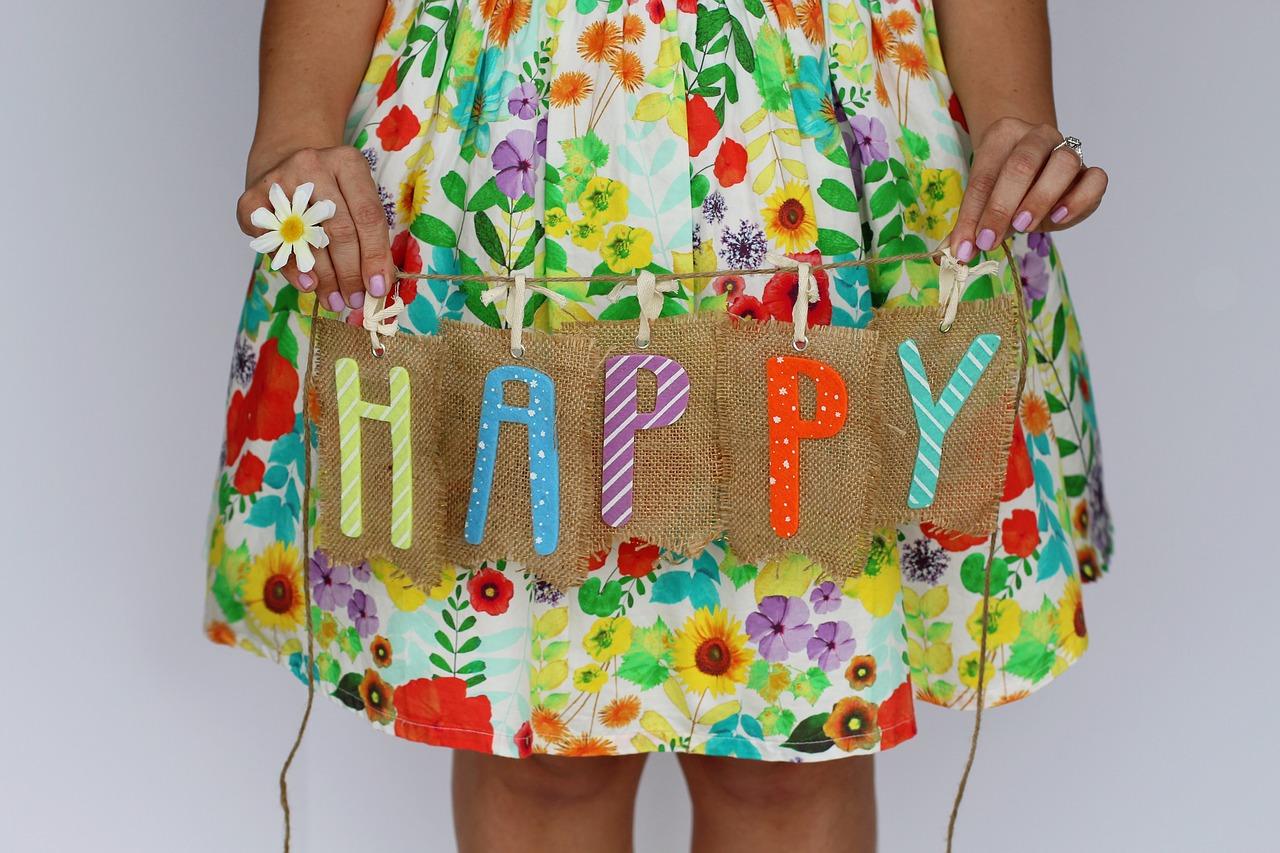 happy-2220481_1280